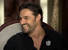 Capturas de entrevista de Ivan Sanchez. Ivan Sanchez, Interview