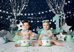 Twin cake smash #twinkletwinklelittestar twinkle twinkle little star | #cakesmash #cake #smash #boy boy #girl girl #star #mint mint navy #navy #photo photo #photoshoot photoshoot #first #birthday #firstbirthday first birthday #one one #photography photography #photographer photographer #party party #ideas ideas #twins #theme theme #professional professional