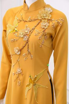 Embroidery Fashion, Embroidery Dress, Ao Dai, Indian Designer Outfits, Designer Dresses, Kids Party Wear Dresses, Fancy Kurti, Dress Form Mannequin, Vietnamese Traditional Dress