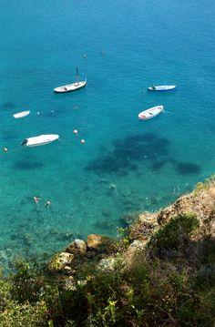 Bonassola crystal water, Cinque Terre, Italy  Photo Sasha Benedetti