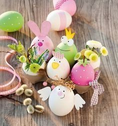 Ostern basteln Vasen aus Ei Mehr By far the most historical Easter time presents, in Egg Crafts, Easter Crafts, Diy And Crafts, Crafts For Kids, Fall Crafts, Christmas Crafts, Primitive Christmas, Thanksgiving Crafts, Wooden Crafts
