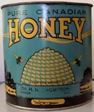 honey tin , the one we have is from the Owl Pen in Orillia Vintage Bee, Vintage Tins, Vintage Labels, Hives And Honey, Honey Bees, Honey Label, Bee Skep, Tin Containers, Vintage Packaging
