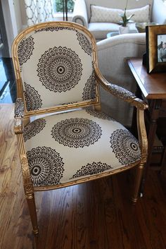 oh my! gold chair, love the fabric #color #interior design