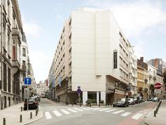 Brussels NH Brussels Stéphanie Belgium, Europe NH Brussels Stéphanie is conveniently located in the popular Saint-Gilles / Sint-Gillis area. Offering a variety of facilities and services, the hotel provides all you need for a good night's sleep. Service-minded staff will welcome and guide you at the NH Brussels Stéphanie. Guestrooms are fitted with all the amenities you need for a good night's sleep. In some of the rooms, guests can find television LCD/plasma screen, internet ...