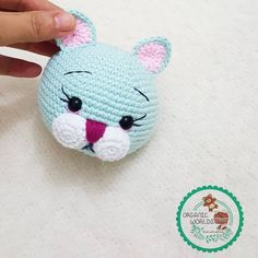 Hi amigurumi lovers!  I share this strawberry cat's pattern with you in English.  -------------------------------------------------------  P...