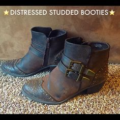 ⭐️Distressed Studded Buckled Booties 7⭐️ ⭐️Ruff Hewn faux distressed leather Bootie with antique bronze studs & buckles are here to help you strut your stuff day into night!  Side zip closure for easy on/off. Two inch wood stacked heels are easy to walk in. Only real sign of wear is to unseen bottom sole, otherwise in great condition. Hate to part with but have waaay too many boots. Size 7 true to size⭐️ Ruff Hewn Shoes Ankle Boots & Booties