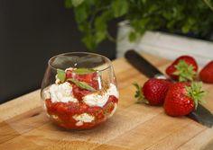 Tilslørte jordbærpiker - Godt.no - Finn noe godt å spise
