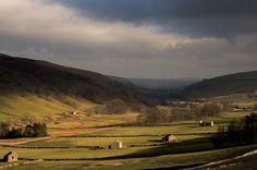 Littondale light English Literature, Beautiful Lights, I Fall In Love, Photography Photos, Beautiful Landscapes, Britain, Scotland, England, Explore