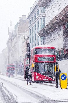 Snow in London, England London Snow, Great Britain, Times Square, Explore, London England, Winter, Travel, Winter Time, Viajes