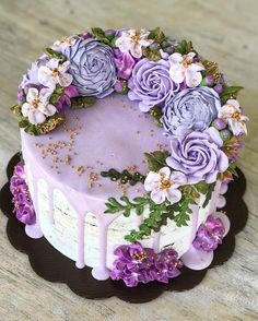 Easy Cake: – Cake …… – Famous Last Words Gorgeous Cakes, Pretty Cakes, Amazing Cakes, Bolo Floral, Floral Cake, Floral Cupcakes, Cupcake Flower, Flower Cakes, Buttercream Flower Cake