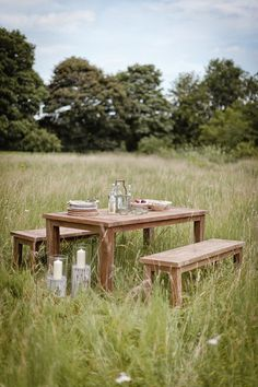 A secluded meal for two - you wants a whole restaurant staring at you during your big moment?