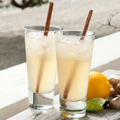 This exotic mix of toasted coriander seeds, gin and dry vermouth, together with lemon and honey is topped with ginger beer over a hi-ball glass of crushed ice.
