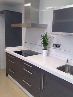 Resultado de imagen de cocina gris y blanca #decoraciondecocina