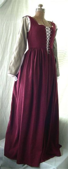 Red wool Florentine gown.