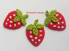 Crochet strawberry/NOT a pattern, just a reminder to find a pattern like this