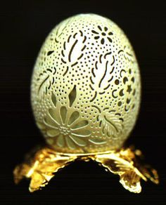 Hand Carved Chicken Egg - Fantasy Leaves & Flowers