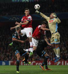 Soccer - UEFA Champions League - Group F - Arsenal v Napoli - Emirates Stadium
