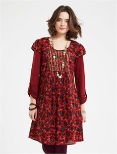2015 Autumn Nomads HA24 Melhia Sequin Tunic in Rust £50.00 (inc VAT) Product code: 1335 Introducing the incredibly pretty Melhia Sequin Tunic from the Autumn 15 collection at Nomads Clothing of Cornwall. Add a bit of sparkle to your everyday life. A tunic that is great for layering. Wear it now as a sleeveless tunic with a covering cardigan if chilly, wear it later in the season with a co-ordinating t-shirt underneath. A great go to easy style. www.melburygallery.co.uk/shop/nomads/ #Nomads