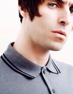 埋め込み画像への固定リンク Liam Gallagher Oasis, Beady Eye, Cool Art Drawings, Cool Bands, Other People, Rock And Roll, Take That, Photo And Video, Rock Stars