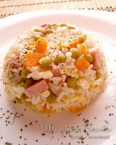 Arroz Chop Suey, perfeito para os dias quentes. Clique na imagem para ver a receita no Manga com Pimenta.