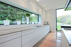 Sehr langes Sideboard mit viel Arbeitsfläche #interior #einrichtung #dekoration…
