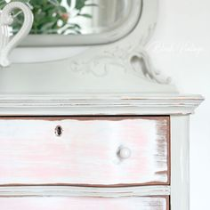 Upcycled Furniture, Furniture Projects, Furniture Makeover, Vintage Furniture, Coral Furniture, Grey Painted Furniture, White Furniture Inspiration, Wood Dresser, How To Distress Wood