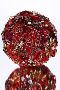 """Moulin Red Wedding brooch bouquet keepsake - Elite Collection - brooch bouquet Designed for Red Weddings, Bridal Flowers and Special Events! Brooch Bouquet Specifications: ◦ Name/Style: """"Moulin Red"""" -"""