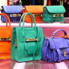 Viste su Facebook - #bags #colors