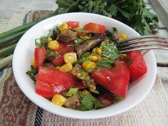 Салат из жареного баклажана с кукурузой и помидором   Кулинарные рецепты с фото пошагово