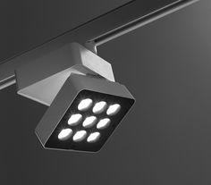 reggiani lighting produce SPLYT track lighting designed by LAPD