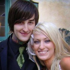 Aw! :') Mitch & Jolie!! They are so cute