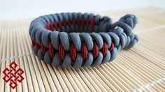 Dragon's Teeth Knot and Loop Paracord Bracelet Tutorial Hey Weaver's! We're revisiting the Dragon's Teeth Paracord Bracelet in this tutorial, but we're doing...