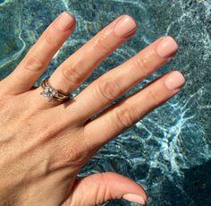 Summer nude nail. SNS dipping powder SP22