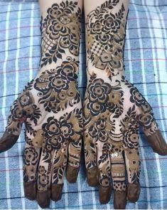 Khafif Mehndi Design, Mehndi Designs Feet, Back Hand Mehndi Designs, Latest Bridal Mehndi Designs, Stylish Mehndi Designs, Henna Art Designs, Modern Mehndi Designs, Mehndi Designs For Beginners, Mehndi Design Photos