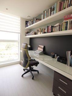 삼평동 봇들마을 9단지 43평 인테리어 [옐로플라스틱 / yellowplastic / 옐로우플라스틱] : 네이버 블로그 Home Office Setup, Home Office Design, House Design, Interior Architecture, Interior Design, Office Makeover, Home Renovation, Home And Living, Furniture Design