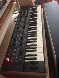 MATRIXSYNTH: Sequential Circuits Prophet 600 Analog Synthesizer...