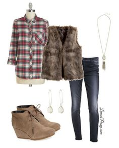 Flannel and Fur Vest Fashion Trends for Fall! Love this Easy Fall Look for Everyday Fashion!