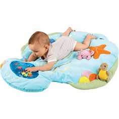 This snuggly soft play mat makes for an ocean of tummy-time fun. Lots of colors and textures keep baby interested and features like the interactive water pat mat peek-a-boo mirror shake-and-buzz crab removable turtle and crinkly bubble will keep little hands and minds active for hours.