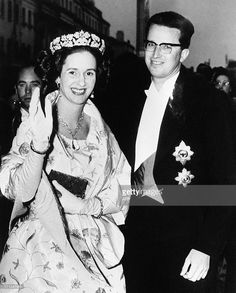 Queen Fabiola and King Baudouin of Belgium arrive at the Belgium embassy to attend a reception, on May 16, 1963 during their four-day state visit to England. (Photo credit should read /AFP/Getty Images)
