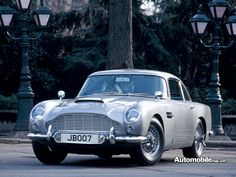 Aston Martin The original James Bond car. This is a real sports car. Aston Martin Db5, Martin Car, Classic Motors, Classic Cars, My Dream Car, Dream Cars, Lost Car Keys, Manchester, Motors