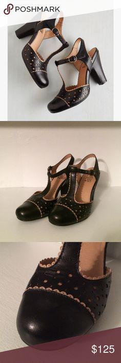 NIB Miz Mooz Black & Beige Heels Feminine and stylish. Perfect for work or a night of dancing. Euro size 38.5. ModCloth Shoes