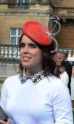 Princess Eugenie, May 2016 in Sarah Cant Princess Beatrice, Princess Eugenie, Royal Princess, British Hats, British Style, British Royals, Windsor, Sarah Ferguson, Beatrice Eugenie