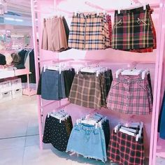 Korean Fashion Trends you can Steal – Designer Fashion Tips Beauty And Fashion, Look Fashion, 90s Fashion, Korean Fashion, Fashion Models, Clueless Fashion, Clueless Outfits, Street Fashion, Fashion Women