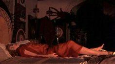 Dracula directed by Francis Ford Coppola. Aesthetic Gif, Retro Aesthetic, Aesthetic Pictures, Vampire Stories, Bram Stoker's Dracula, Strange Addictions, Arte Obscura, Vintage Horror, Monster
