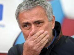 El Chelsea ya piensa en Pep. De hecho, en Inglaterra dan por hecho que si el próximo fin de semana no se gana al Liverpool de Jürgen Klopp, 'Mou' podría ser destituido.  Apunta el Telegraph que, por si las cosas van mal dadas, altos cargos del equipo londinense ya piensan en un sustituto para Mourinho, y este sería Pep Guardiola, que acaba contrato este próximo verano en el Bayern de Munich