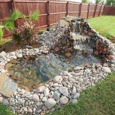 Diy Water Feature, Backyard Water Feature, Ponds Backyard, Desert Backyard, Backyard Playhouse, Fish Ponds, Garden Pond Design, Diy Garden, Landscape Design