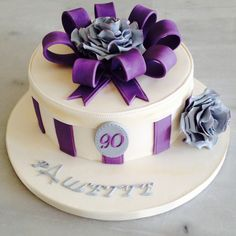 Gift box cake purple and silver