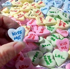 How to make Homemade Conversation Heart Candies! Valentines Presents, My Funny Valentine, Homemade Valentines, Valentine Cookies, Conversation Hearts Recipe, Converse With Heart, Fat Foods, Candy Recipes, Holiday Recipes