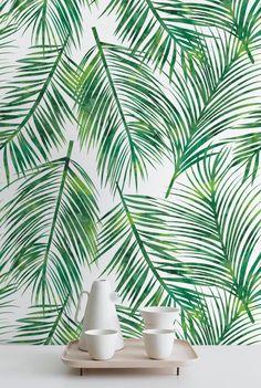 Feuilles exotiques fonds d'écran de Wallflora sont conçus pour donner un look entièrement nouveau aux murs de votre chambre. Ce sont des fonds d'écran facilement amovibles qui peuvent être facilement fixés sur les murs sans appliquer de la colle supplémentaire. Un beau motif de feuilles caractérise ce fond d'écran.  Il suffit de décoller la partie arrière des papiers peints, les appliquer sur les murs et voir votre transformation maison !  ➢ TAILLE  Vous avez la possibilité de deux tailles…