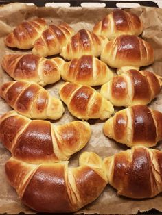 20161216_183917 Baby Food Recipes, Baking Recipes, Cake Recipes, Dessert Recipes, Croissant, Pollo Frito Kfc, Baking Bad, Cooking Bread, Good Food